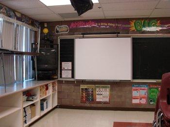 smartboards_classroom_350-1q01q99
